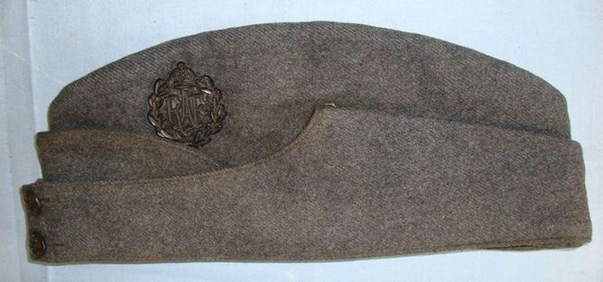 Original WW2 British Royal Air Force Field Service Side Cap With War Economy Pla Original WW2 British Royal Air Force Field Service Side Cap With War Economy Pla Accessories
