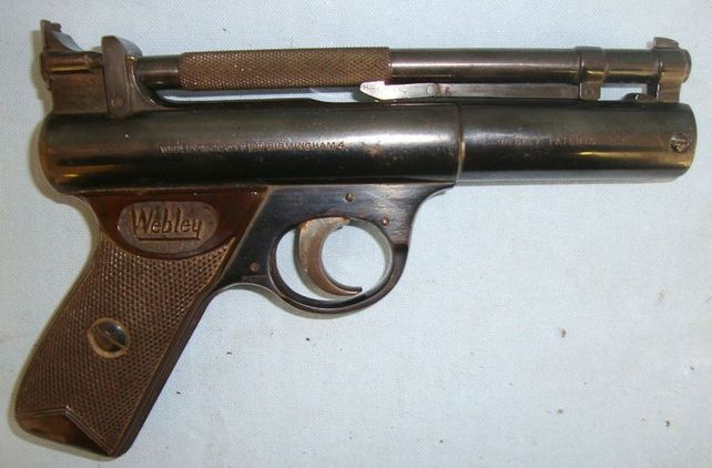 Webley / Webley & Scott Senior .177 Calibre Air Pistol With Brown Grips Air Guns