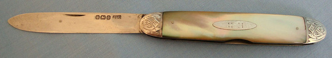Victorian 1884-85 Hallmarked Silver Bladed Pocket Knife With Mother Of Pearl Sla  Blades