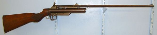 Webley / Webley & Scott 2nd Series/ Type .177 Calibre Air Rifle With Safety Catch. Air Guns