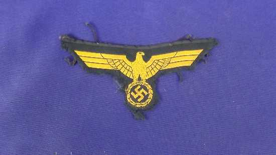 WW2 German Kriegsmarine Officers Tunic Badge  Accessories
