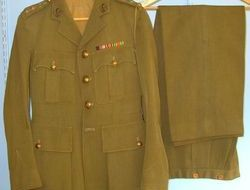 Moss Bros London Manchester Regiment Officer's Uniform Khaki Service Jacket With WW2 Campaign Med