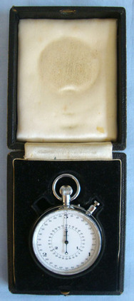 'Nero' Stop Watch with 3 Second Sweep, 1/110 Seconds. Cased British Military 'Nero' Stop Watch with 3 Second Sweep, 1/110 Seconds. Accessories