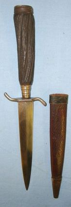 German Trench/Fighting Knife With Carved Wood Simulated Stag-Horn Hilt & Scabbar  Blades