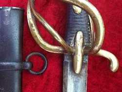 A Rare French Napoleonic Era Light Cavalry Sabre.   Circa Good Condition. Ref 9003. Swords