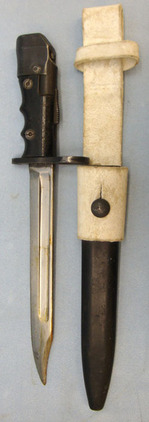 No 7 MK 1/L Swivelling Pommel Bayonet With Black Composite Grips For No 4 Rifles No 7 MK 1/L Swivelling Pommel Bayonet With Black Composite Grips For No 4 Rifles Blades