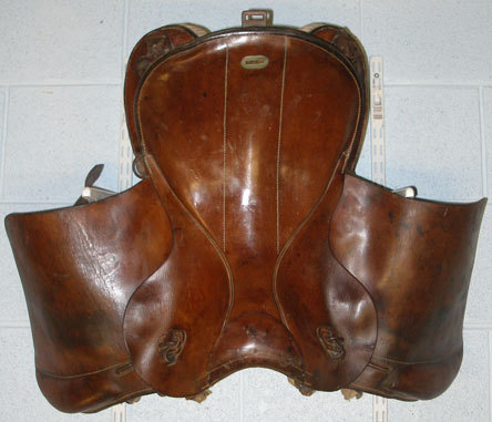 1936 German Military Leather Cavalry Saddle. L 158 - L 158 1936 German Military Leather Cavalry Saddle. Accessories