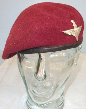 Parachute Regiment Red Beret With Kings Crown Para Cap Badge To Para 6162000. Parachute Regiment Red Beret With Kings Crown Para Cap Badge To Para 6162000. Accessories