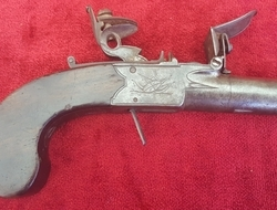 English flintlock boxlock pocket pistol by  Theophilus Richards with a screw-off barrel. Ref 9552   Muzzleloader