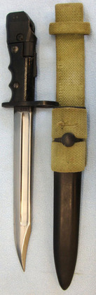 No 7 MK 1 'L' Swivelling Pommel Bayonet For No 4 Rifles with Scabbard & Frog.  British No 7 MK 1 'L' Swivelling Pommel Bayonet For No 4 Rifles with Scabbard &  Blades