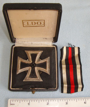 1939 Iron Cross1st Class (Vaulted Screw Back Version) By L58 Rudolf Souval Vienn Original, Cased WW2 Nazi German 1939 Iron Cross1st Class (Vaulted Screw Back Ver Accessories