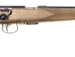 Anschutz 1517 Sporter Bolt Action. 17 HMR Rifles