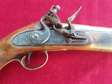 A rare Flintlock brass barrelled Blunderbuss pistol by THOMAS JEFFREYS of LONDON. C. 1726. Ref 2332.   Muzzleloader