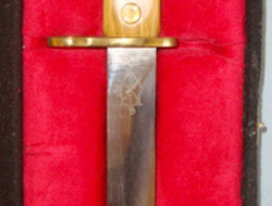 LIMITED EDITION NUMBER 16 OF 161 Cased Dagger Made With An Unused & Unissued Ori  Bayonets